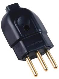 Plug Macho 20A 2P+T