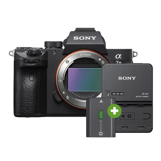Câmera Sony A7III Full Frame (Corpo) + Carregador e Bateria Extra