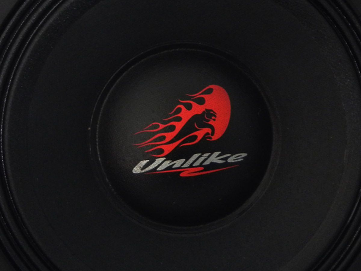 "Woofer 12"" Unlike UNF129R4 550WRMS"