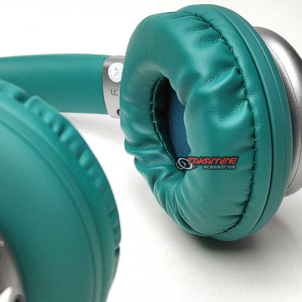 Fone de ouvido sem fio Bluetooth com rádio FM verde