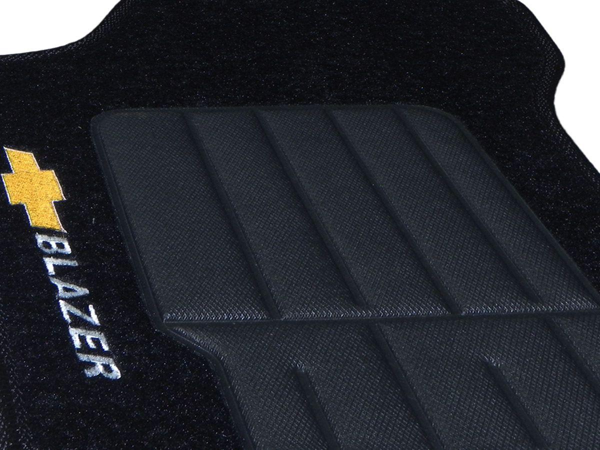 Jogo tapete carpete Blazer 1996 até 2011 com bordado (5 peças) e base pinada
