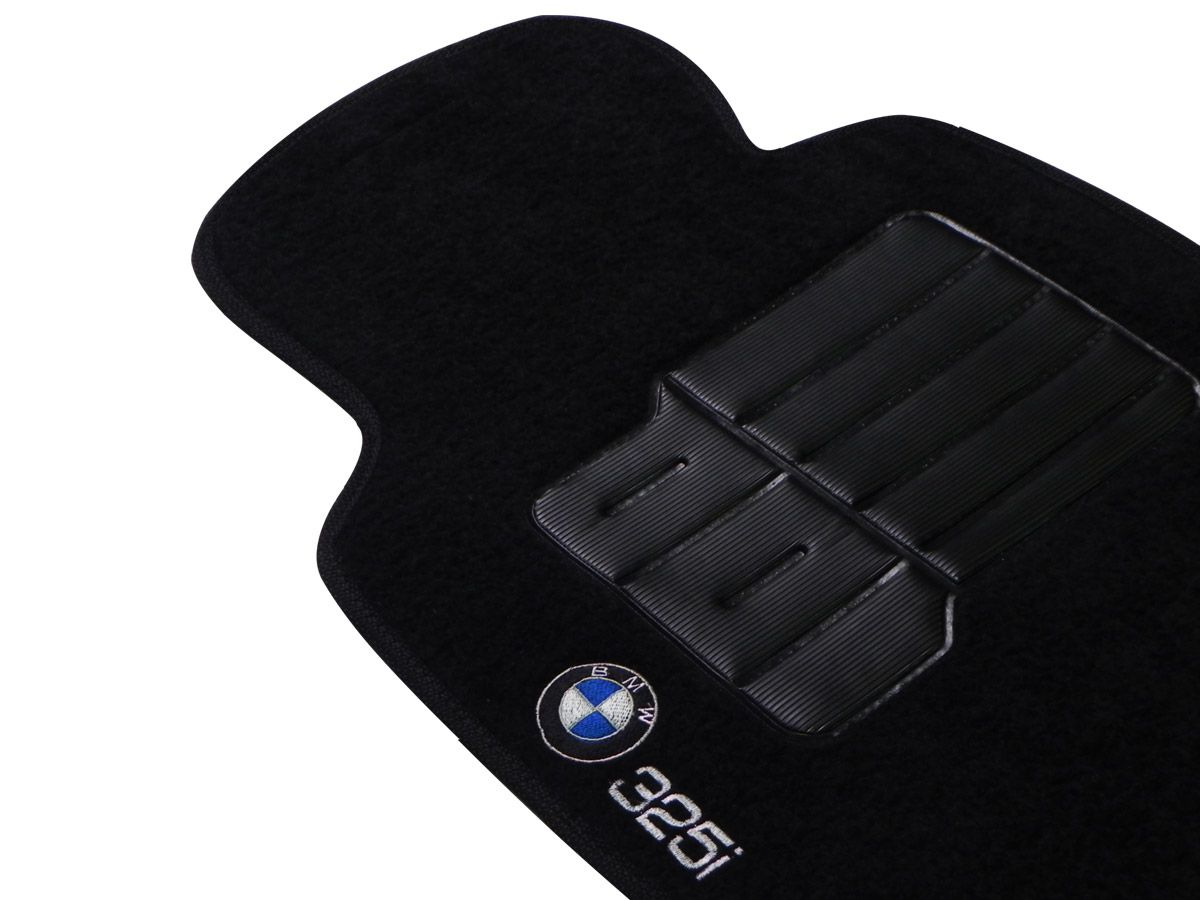 Jogo tapete carpete BMW 325 2001 2002 2003 2004 2005 2006 com bordado (5 peças) e base pinada