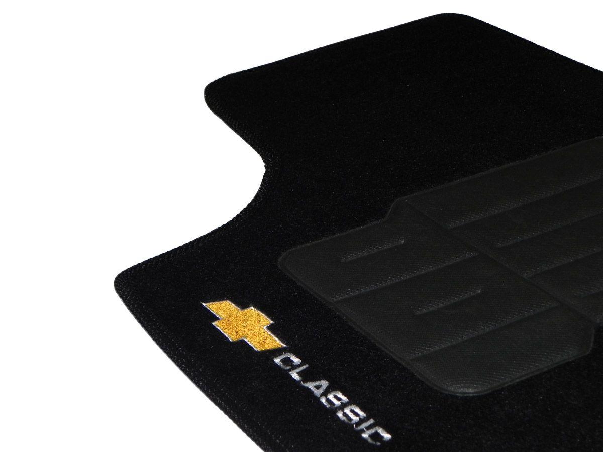 Tapete Carpete GM Corsa Classic 2003 até 2013 Personalizado com bordado nos dois tapetes dianteiros (5 peças)