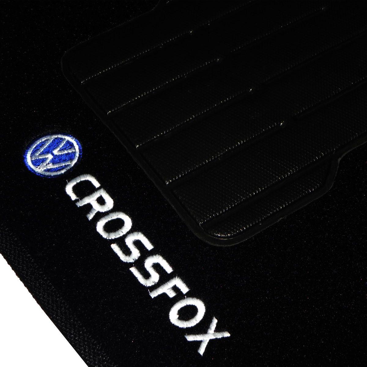 Jogo tapete carpete Crossfox 2004 até 2013 com bordado (5 peças) e base pinada