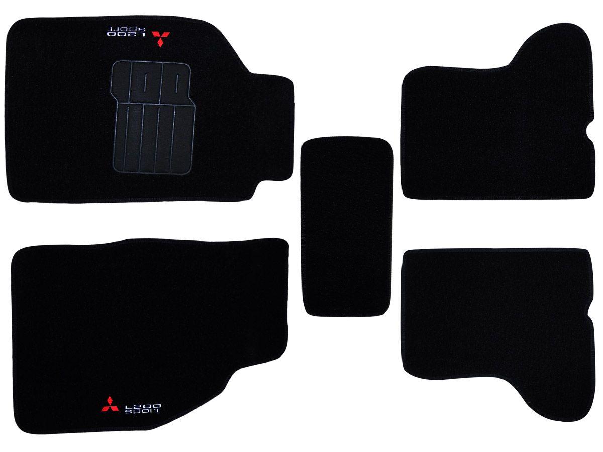Tapete Carpete Mitsubishi L200 Sport 2004 2005 2006 2007 2008 Personalizado com bordado nos dois tapetes dianteiros (5 peças)