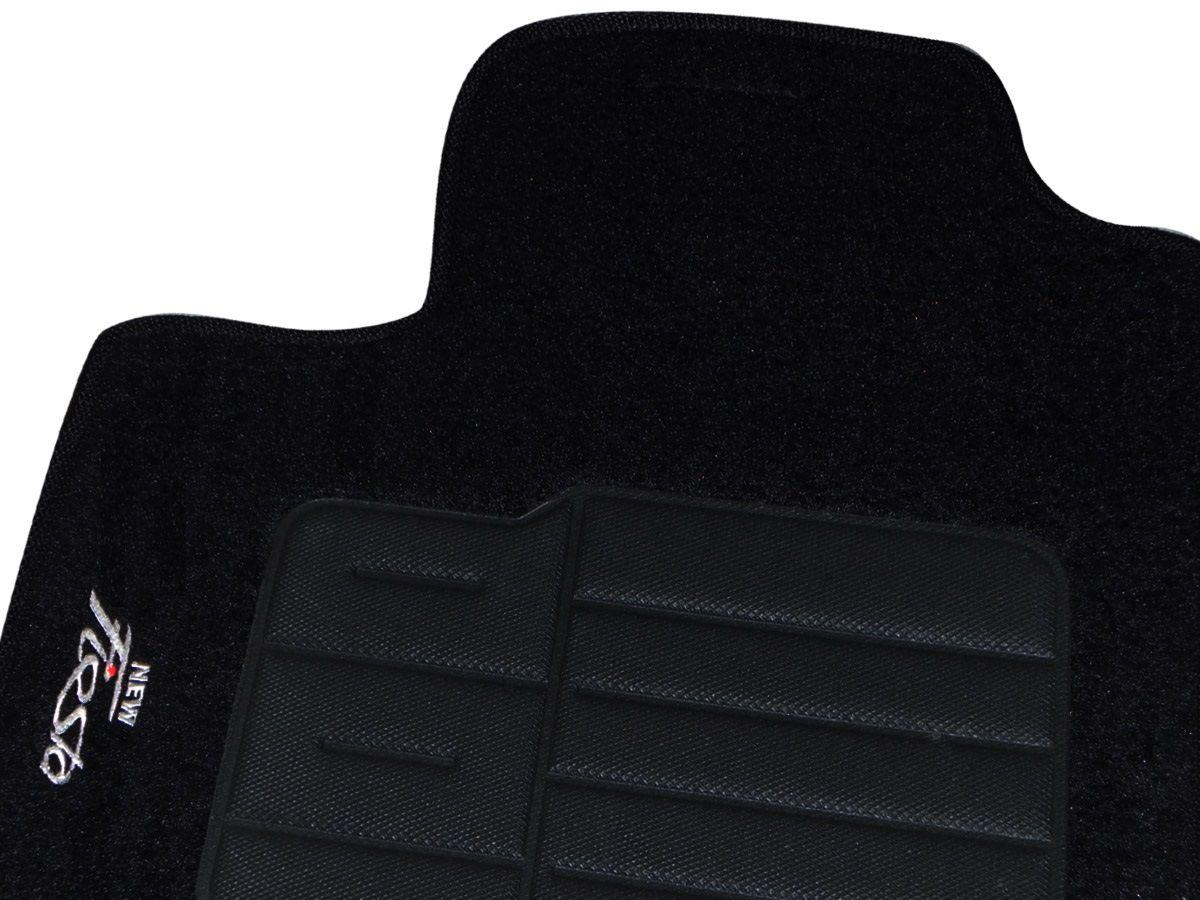 Tapete Carpete Ford New Fiesta 2014 Personalizado com bordado nos dois tapetes dianteiros (5 peças)