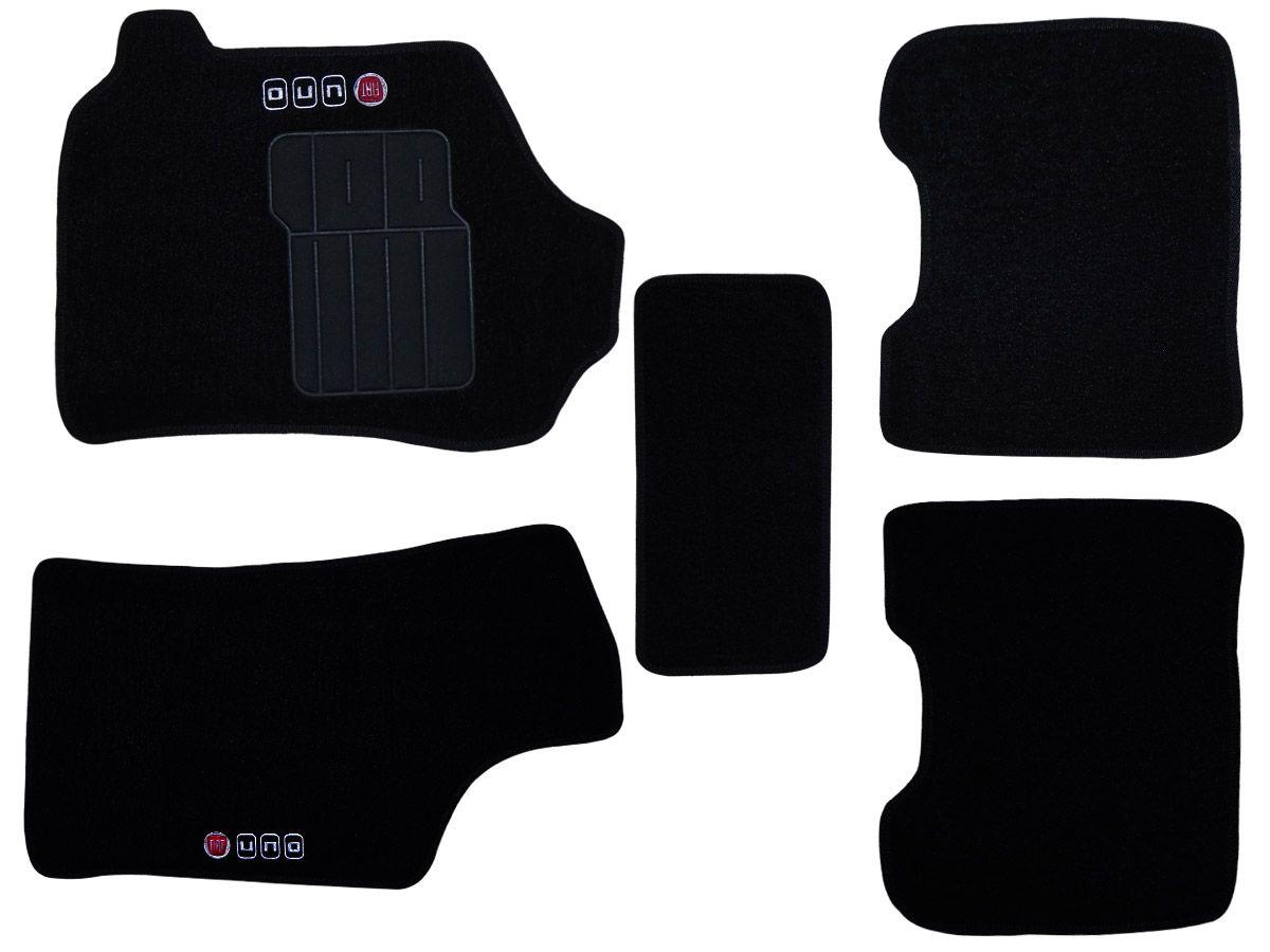 Jogo tapete carpete Uno 2011 até 2020 com bordado (5 peças) e base pinada