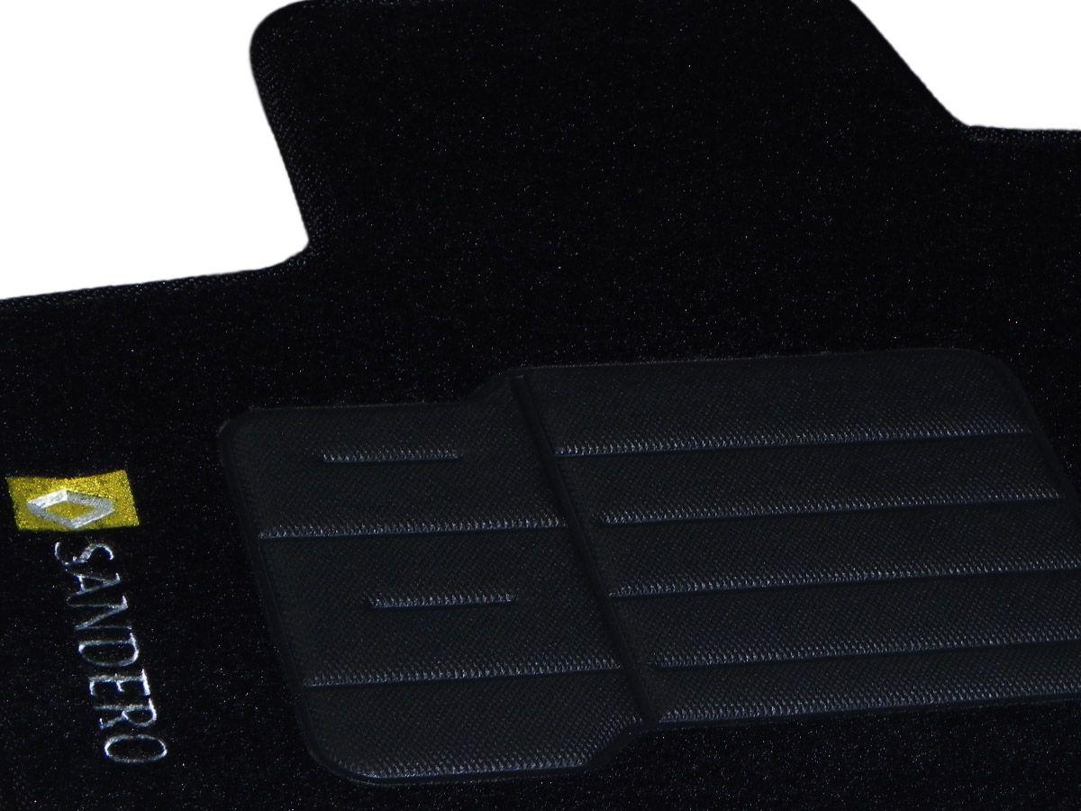 Tapete Carpete Renault Sandero 2008 em diante Personalizado com bordado nos dois tapetes dianteiros (5 peças)