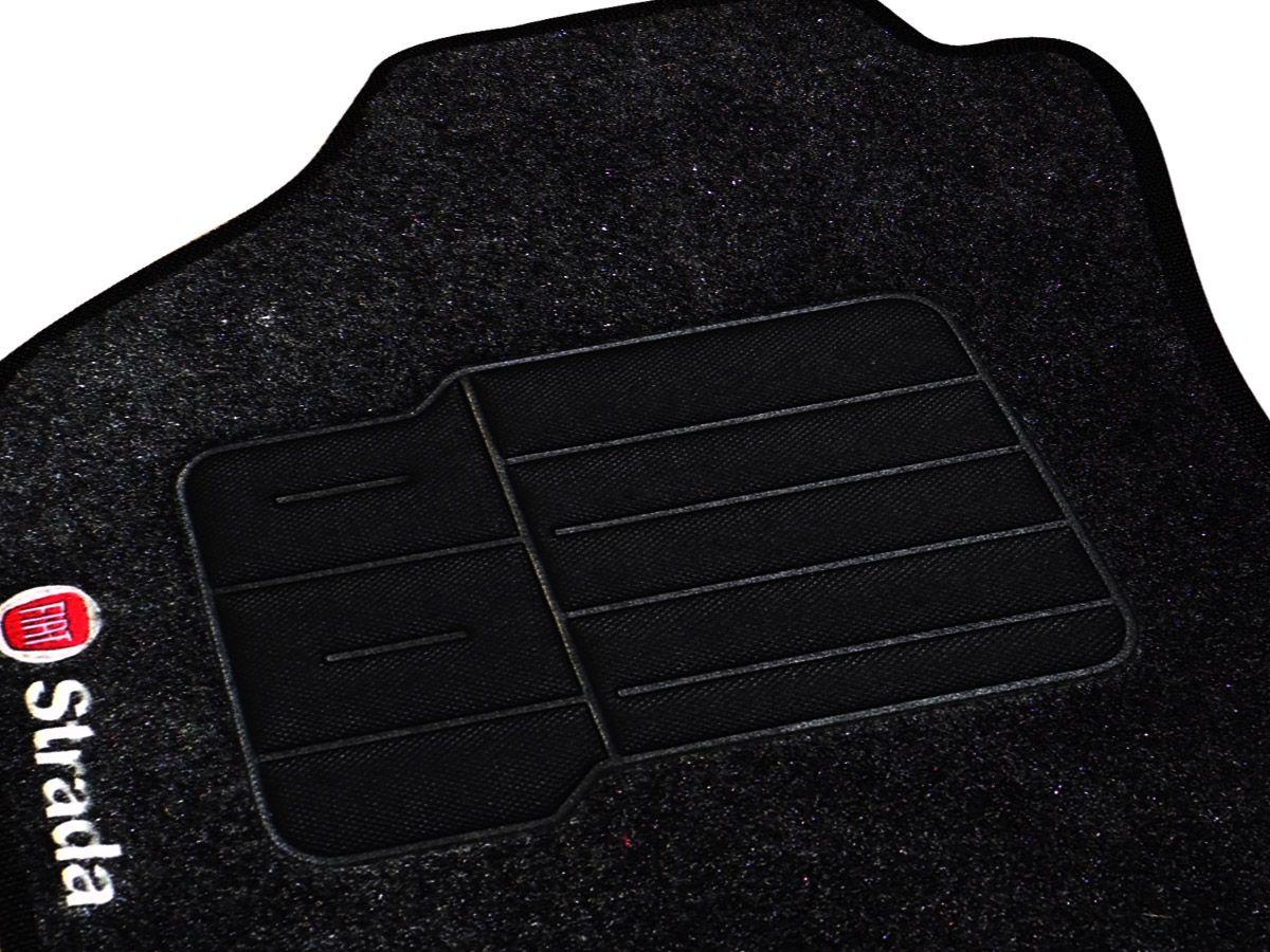Jogo tapete carpete Strada 2013 2014 2015 cabine dupla com bordado (5 peças) e base pinada