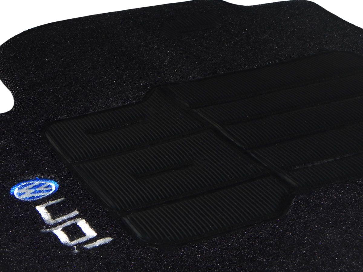 Tapete Carpete VW UP 2014 até 2018 Personalizado com bordado (5 peças) e base pinada