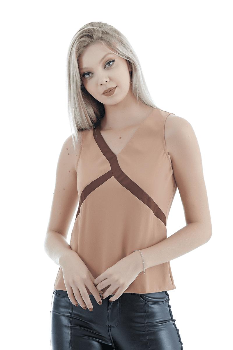Blusa básica Unique Chic