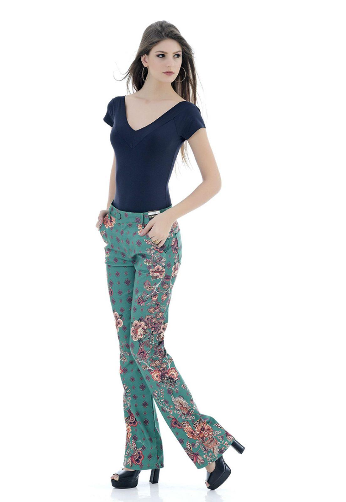 calça estampada gatabakana