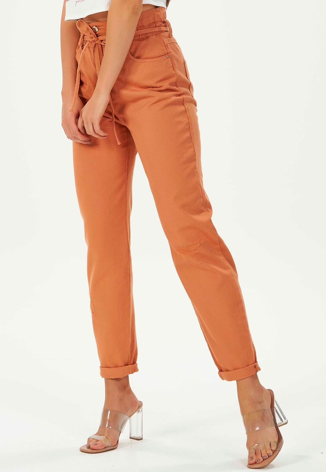 Calça MOM jeans Gatabakana