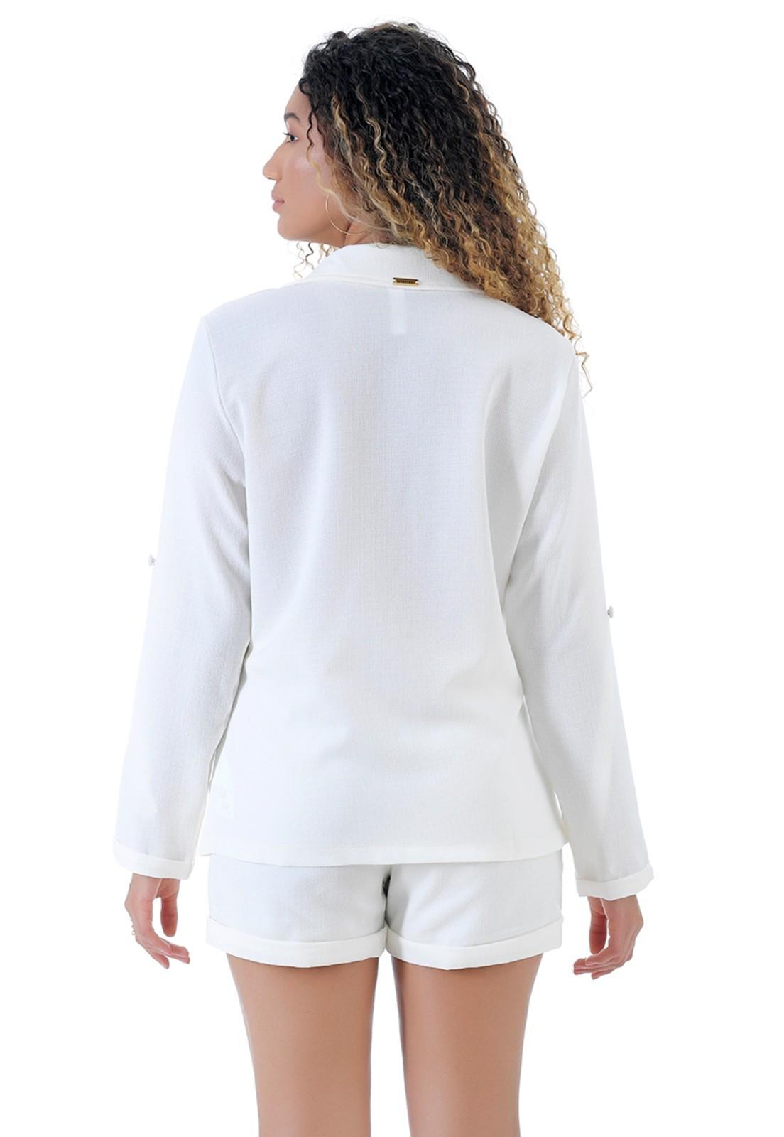 Conjunto branco Gatabakana