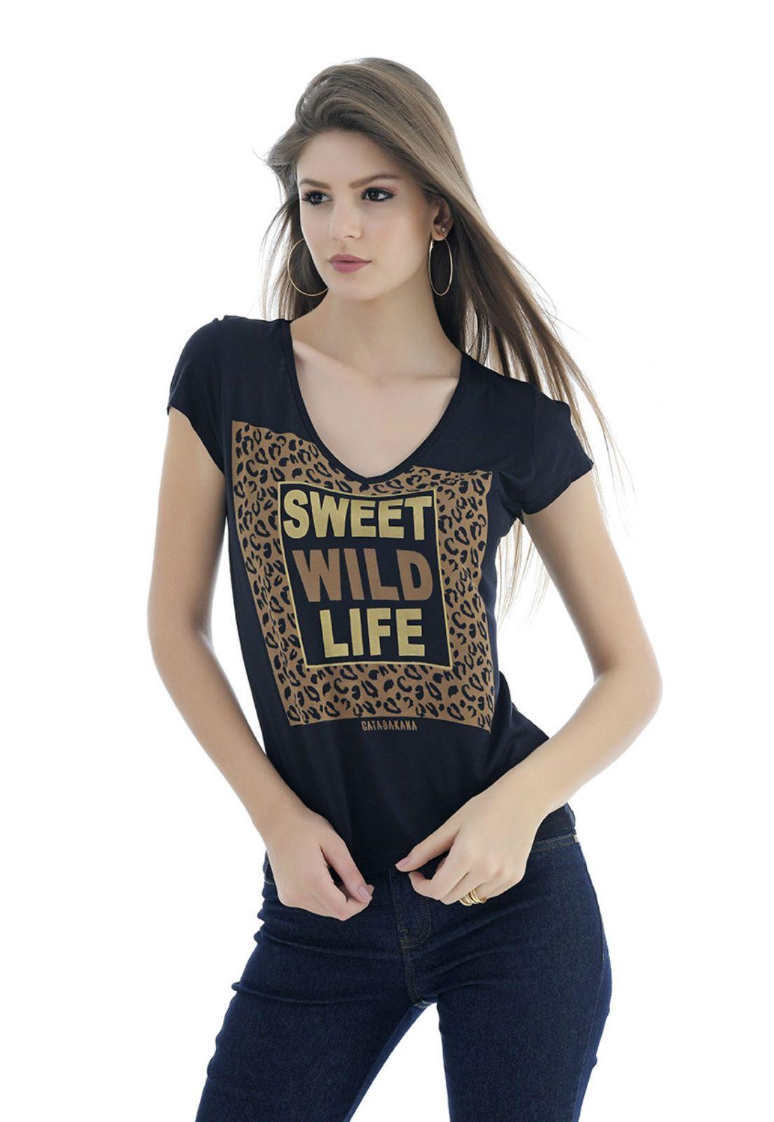T-shirt preta feminina