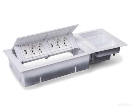 Caixa Tomada Office Standard P 6 Bl S/Compartimento - Branco