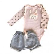 Conjunto Feminino Bebê Body Coelhinha com Shorts Cinza