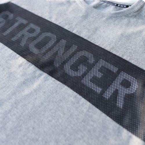 Camiseta Infantil Masculina Cinza Stronger