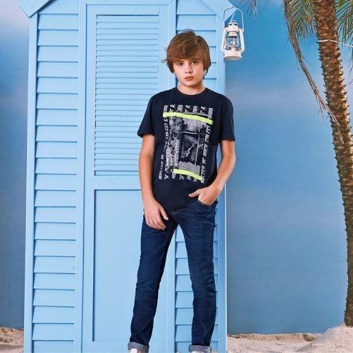 Camiseta Infantil Masculina Azul Marinho Guitarrista