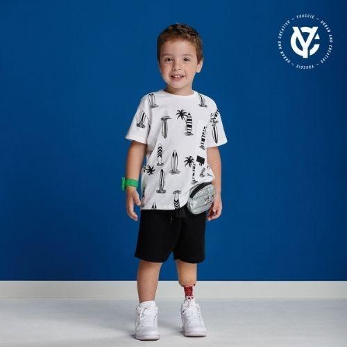 Camiseta Infantil Masculina Pranchas de Surf