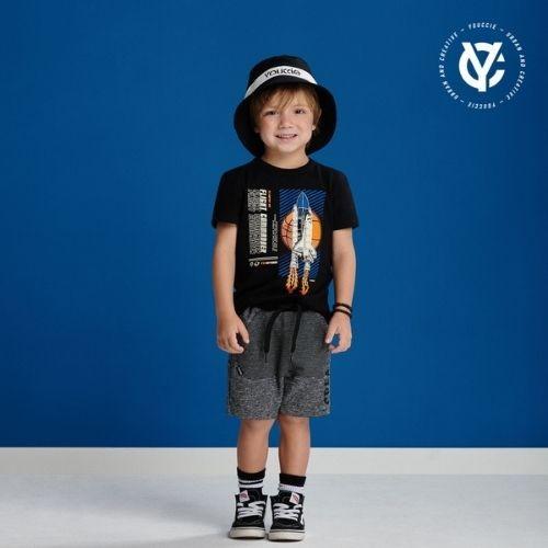 Camiseta Infantil Masculina Preta Foguete