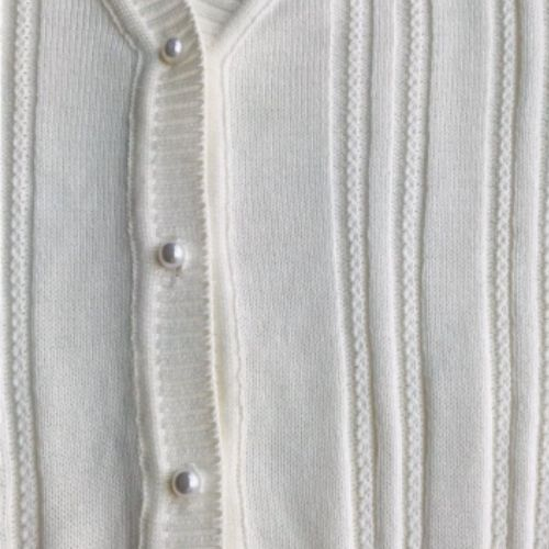 Cardigan Infantil Feminino Off White com Botões de Pérolas