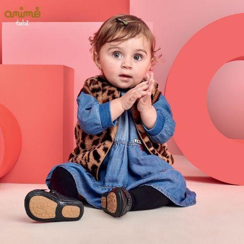 Colete Feminino de Pelo para Bebê Oncinha