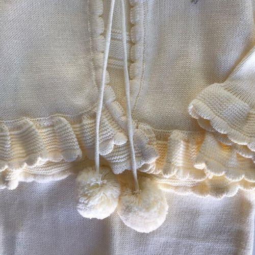 Saída de Maternidade Feminina Tricô com Pompons