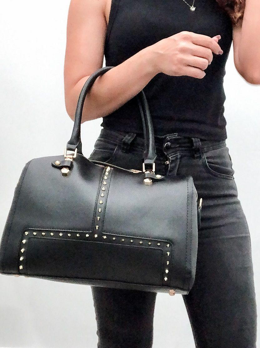 Bolsa feminina Doctor Bag com spikes