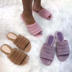Chinelo Fluffy / Pantufa
