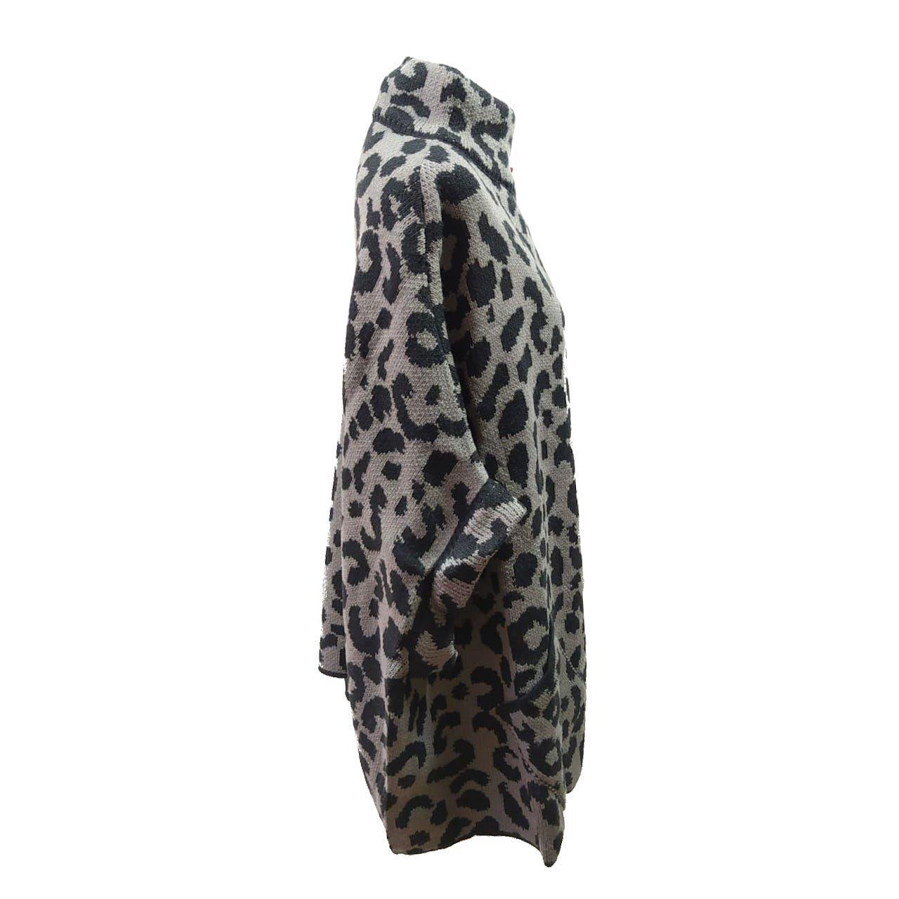 Poncho Feminino Animal Print REF:20538
