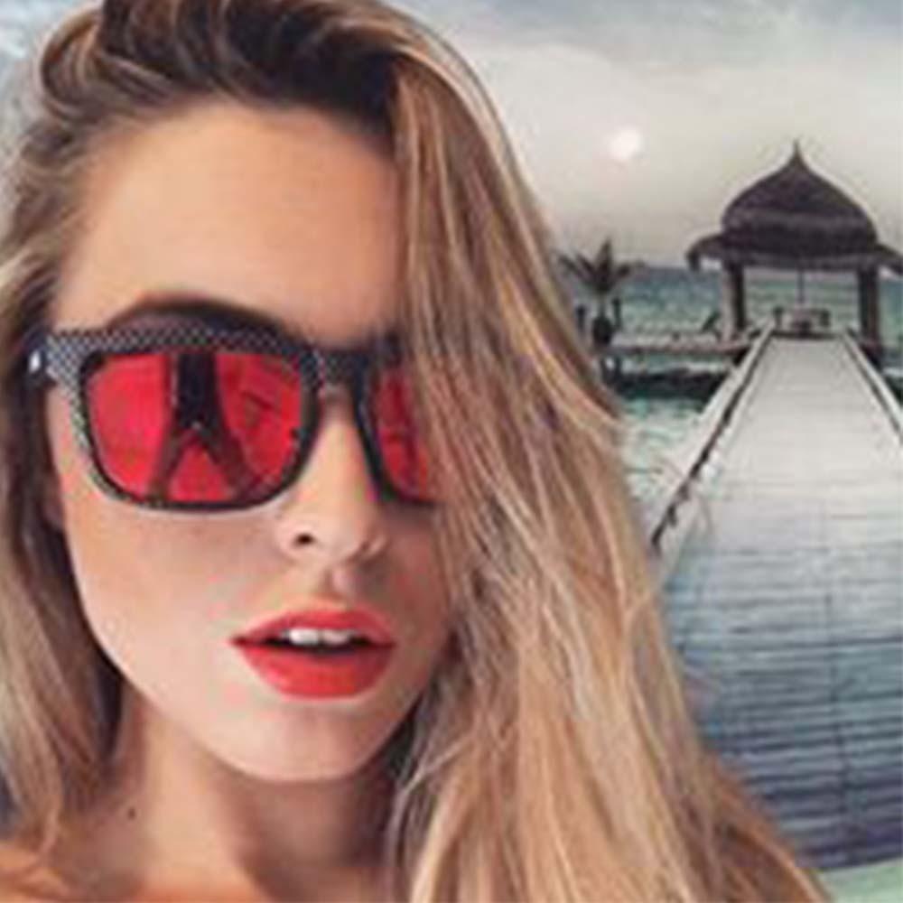 Óculos De Sol Haste Transparente Lente Roxa
