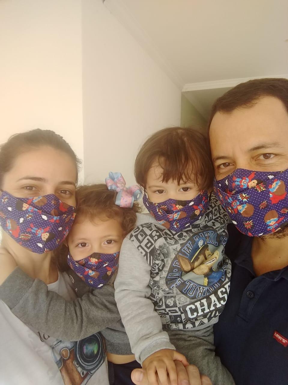 Máscaras Pais e Filhos - Monte seu Kit
