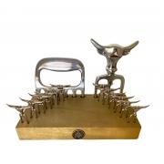 Kit Petisco Super Luxo Garfo Tridente + 12 Espetinhos de Metal + Garra de Urso + Petisqueira