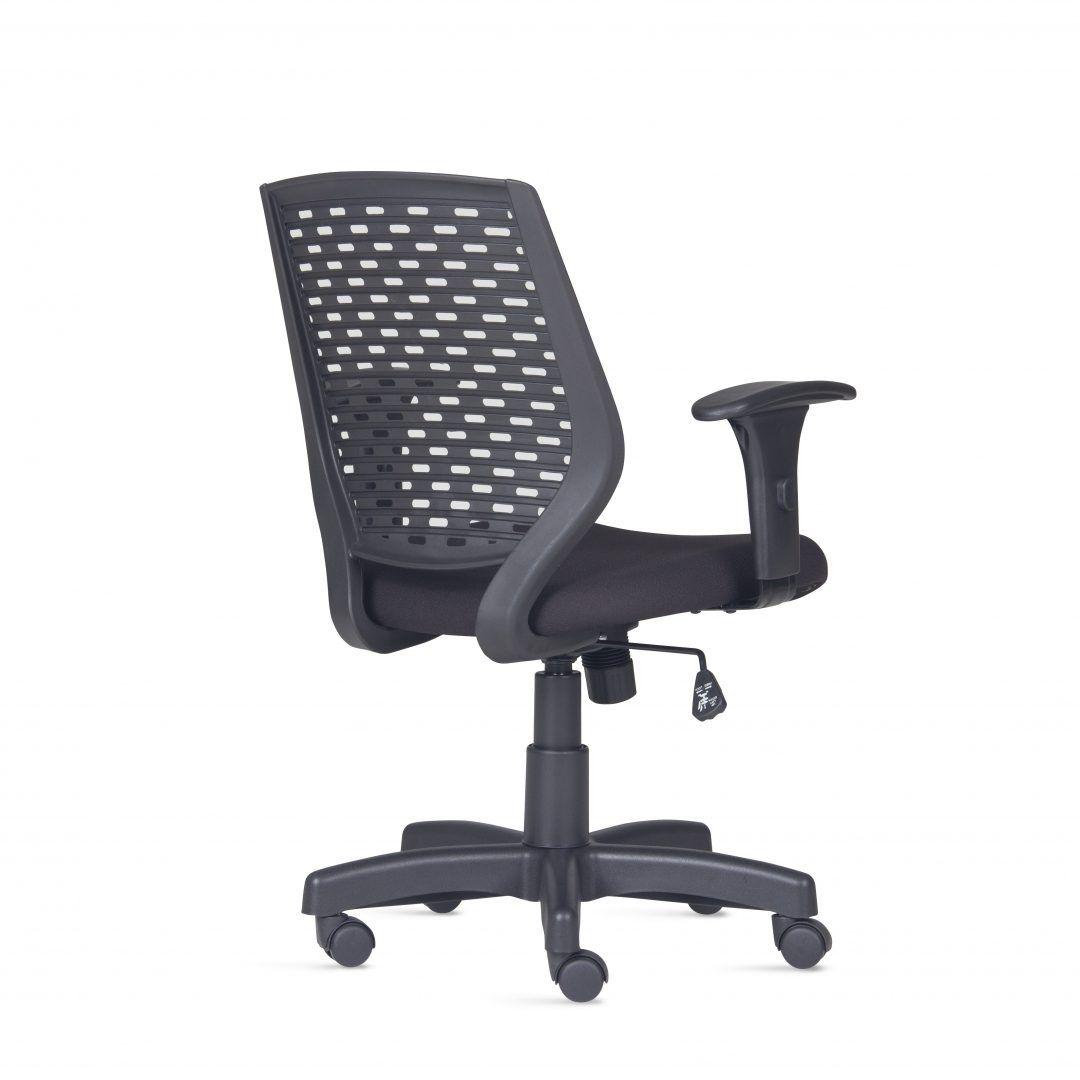 Cadeira Liss PP FRISOKAR Cor Preta COD 106