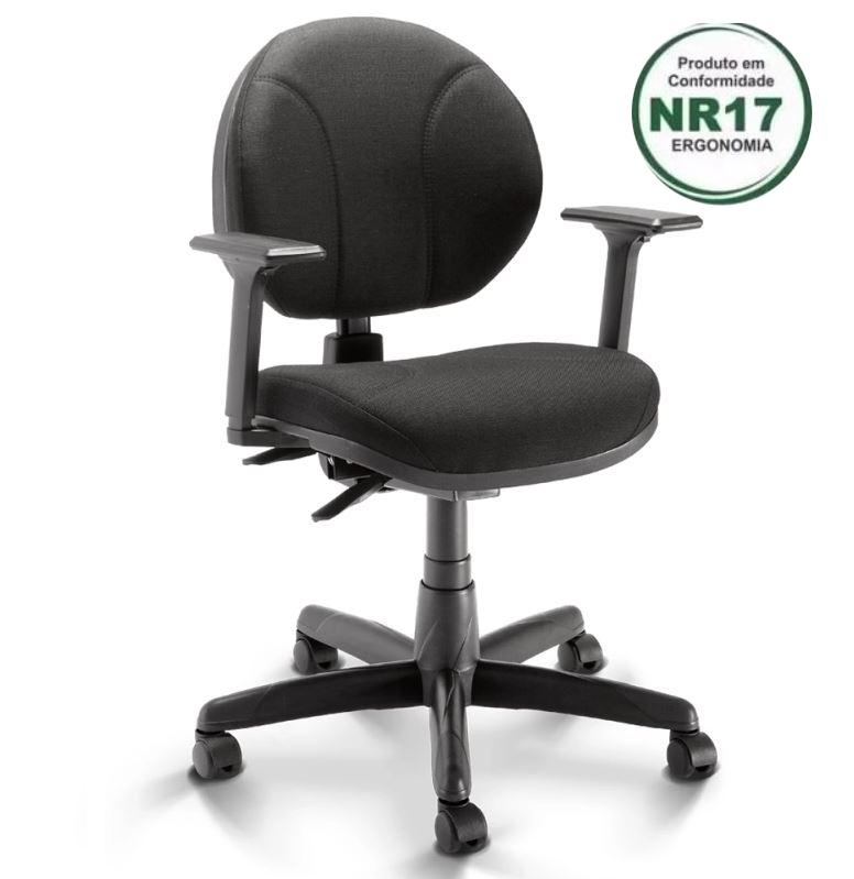 Cadeira Operativa Executiva Backita NR-17 Preta PLAXMETAL COD 117