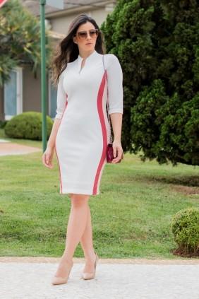 Vestido Tubinho Branco em Montaria Luciana Pais