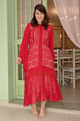 Vestido maxi Plus Size em renda com malha rayon