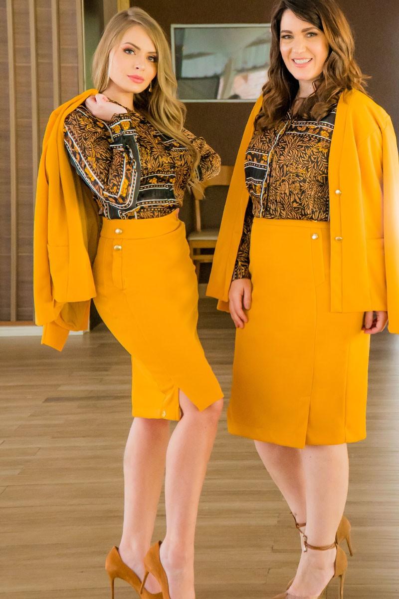 Casaco Amarelo em montaria com brilho Kauly