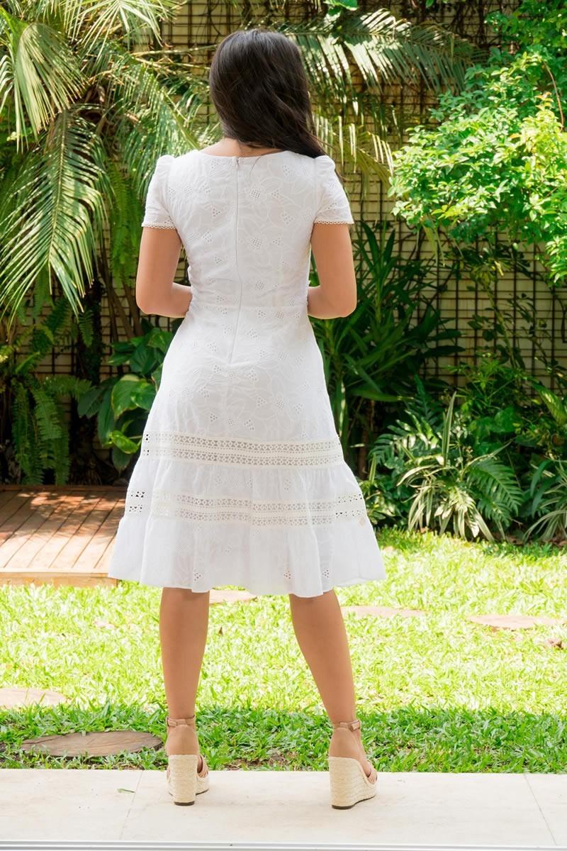 Vestido Evasê Luciana Pais em Lasie Branco