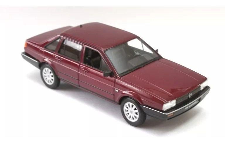 Miniatura Volkswagen Santana 1989 Welly 1/36 Bordô