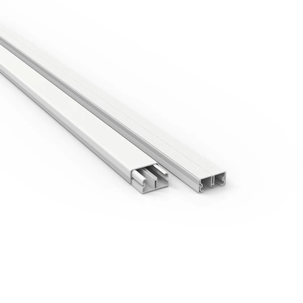 Canaleta PVC Com Fita Dupla Face 2 Metros