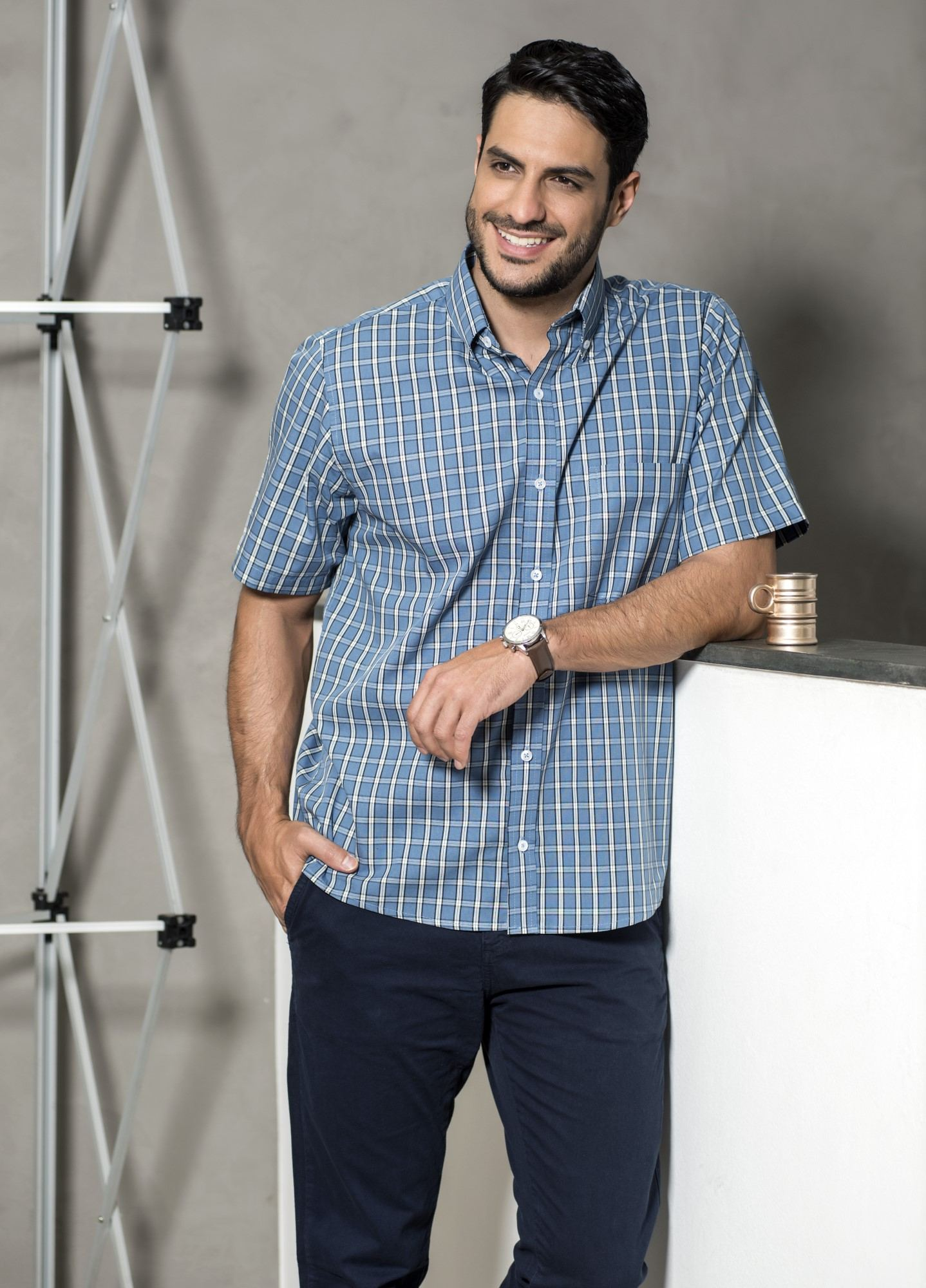 Camisa Xadrez Manga Curta Azul e Branca
