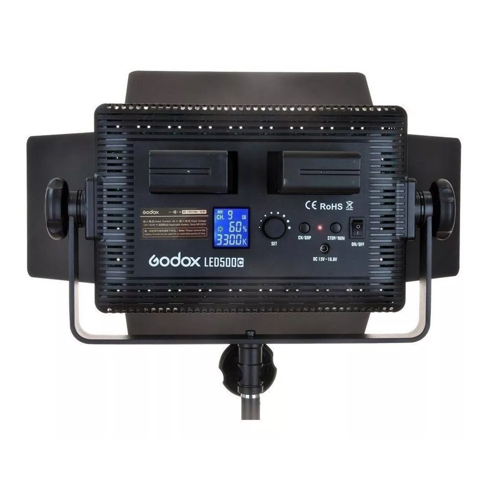 ILUMINADOR DE LED GODOX LD500C COM CONTROLE