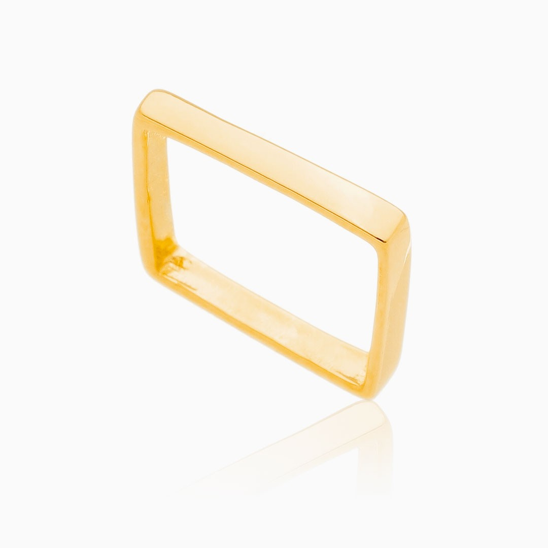 Anel Emily quadrado fino banhado a ouro 18k