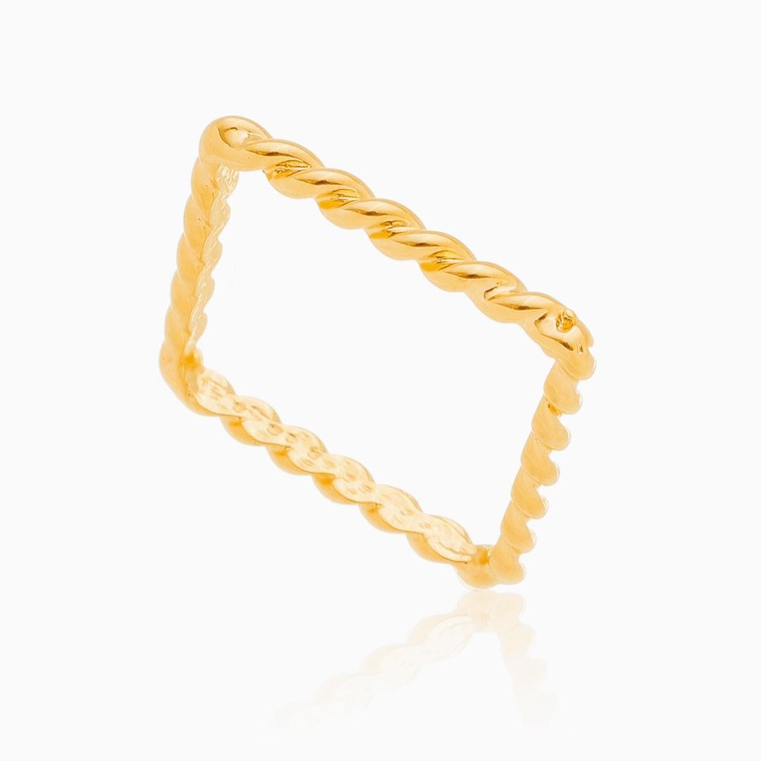 Anel Marcela quadrado torcido banhado a ouro 18k