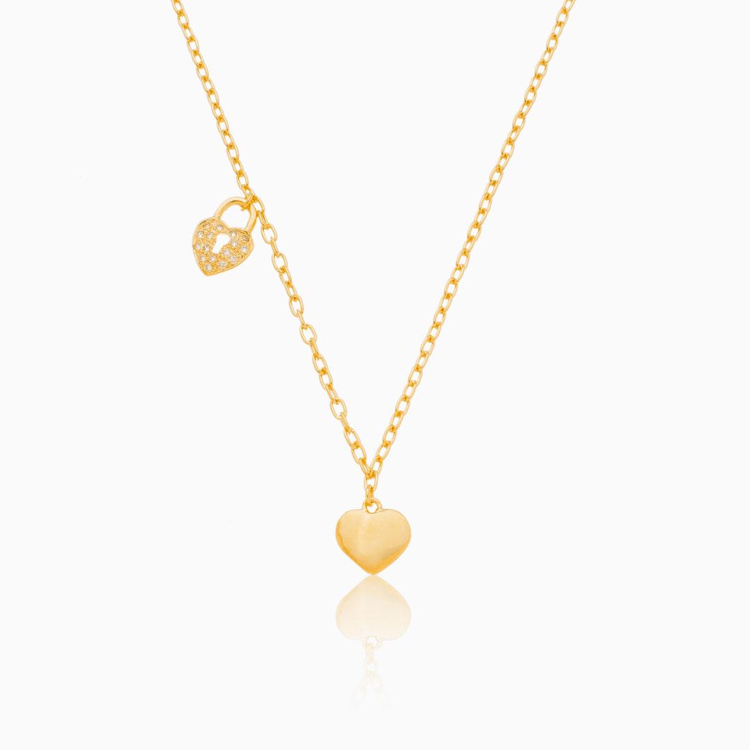 Colar de elos com coração cadeado cravejado banhado a ouro 18k