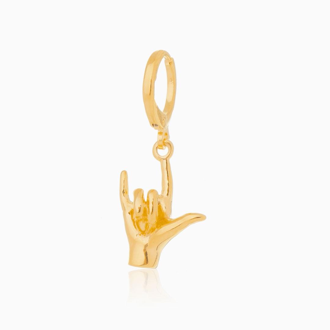 Pingente de mãozinha banhado a ouro 18k