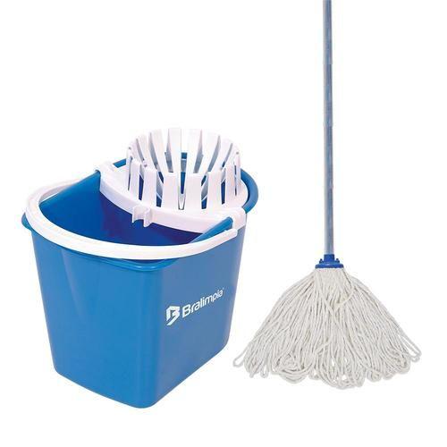 Conjunto de Limpeza Mopinho - Balde, Mop (bruxa) e Cabo - Bralimpia