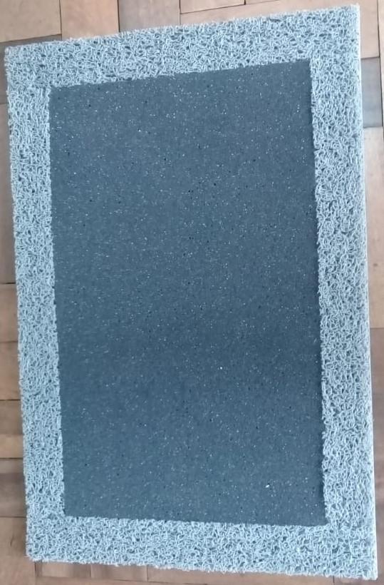 Tapete Higienizador Sanitizante 60cm x 40cm - espuma com borda de vinil